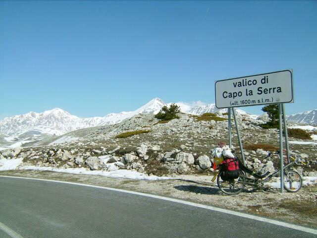 Datei:Valico di Capo la Serra.jpg
