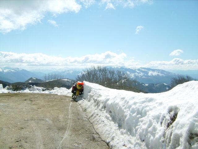 Datei:Monte Terminillo Schnee Dalli 3.jpg