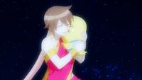 Éclair hugs Momon.png