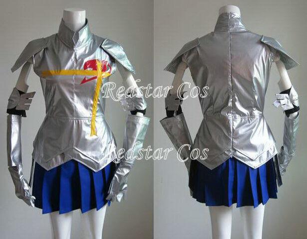 File:Erza Armor Bad.jpg