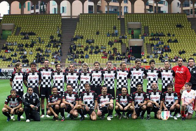 File:Pic5 football monte 2010-3.jpg