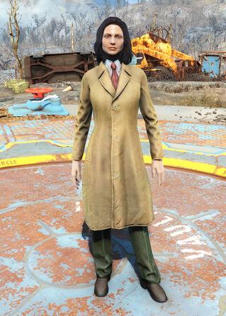 File:Yellow trench coat -female.jpg