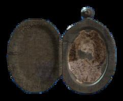Annikas locket