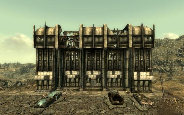 File:Dunwich building.jpg