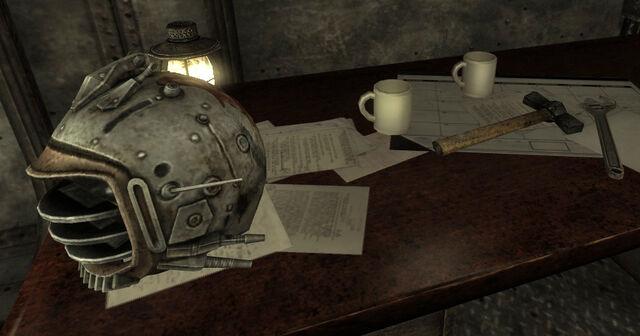 File:Taft Tunnel Eyebot helmet.jpg