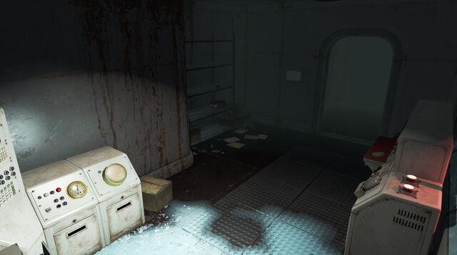 File:Institute-FEVLabEntrance-Fallout4.jpg