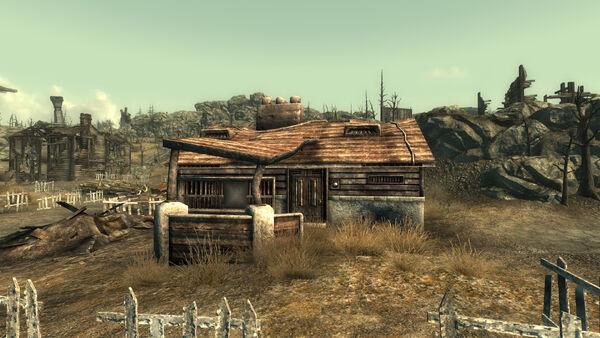 File:Small ranch exterior.jpg