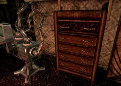 Veras dresser