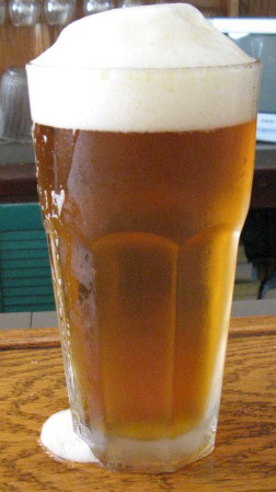 File:Pint of beer.jpg