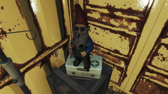 File:FO4FH Fringe Cove dock gnome.png