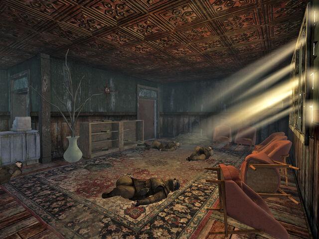 File:Nipton Hotel interior.jpg