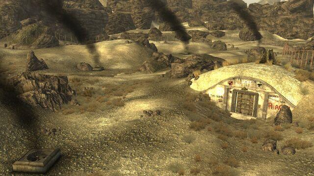 File:FNV Hidden Valley bunker Destroyed.jpg