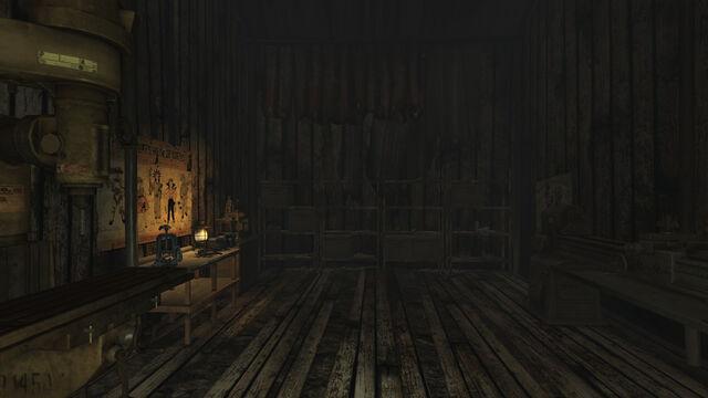 File:Sloan machine shop interior.jpg