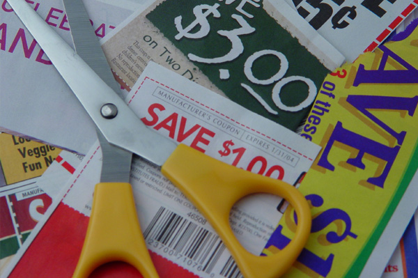 File:Clipping coupons.jpg