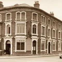 The Belgrave historic pub, on Fishmarket's periphery with Blossom Hill. It was repaired after incendiary bomb damage, losing its second floor and rafters with the burning.
