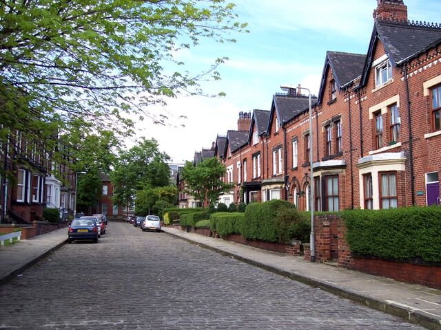 File:Victorian terraced houses.jpg