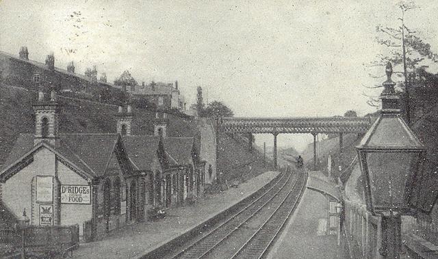 File:Fishmarket Station, 1910.png