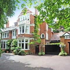 Palisade House, also on Park Hill, sold for an again gargantuan £10,000,000. This house has fourteen bedrooms, three of which en-suite, but has a much larger garden, wine compartment, kitchen, living room, etc. It underwent a renovation recently, a prime factor of its house price.
