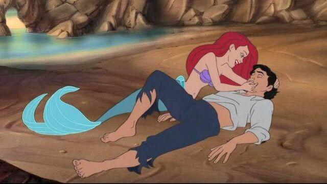 File:Ariel and Eric Beach.jpg