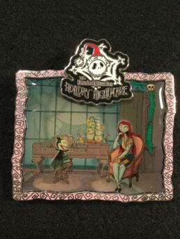 Disney-pin-wdi-le-500-haunted-mansion-holiday-nightmare-music-room-sally-teddy-1513166ff3c30ba147b5cf8b9873c05f