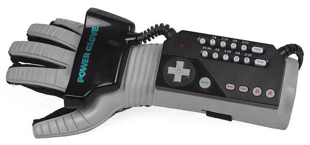 File:800px-NES-Power-Glove.jpg