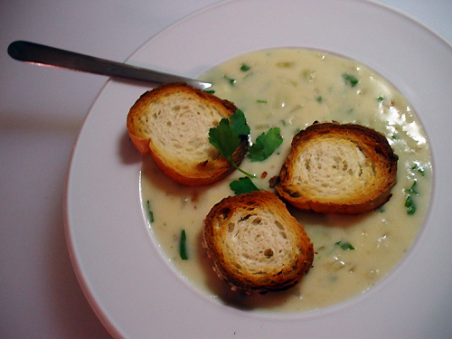 File:Garlic-soup-recipe-5-23-07.jpg