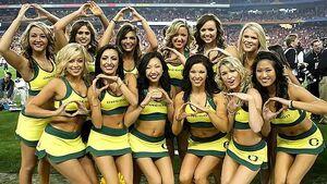 74 oregon cheerleaders