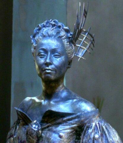 File:Katralla statue.jpg