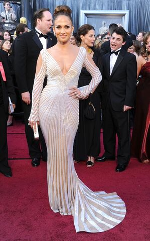 File:JenniferLopez-Oscars2012-jpg 070415.jpeg