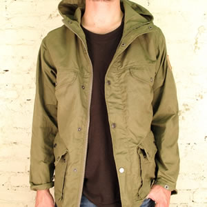 1273862970 fjallraven-jacket 1-1