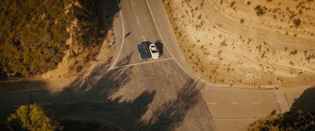 File:Dominic & Brian - Last Scene Furious 7.jpg
