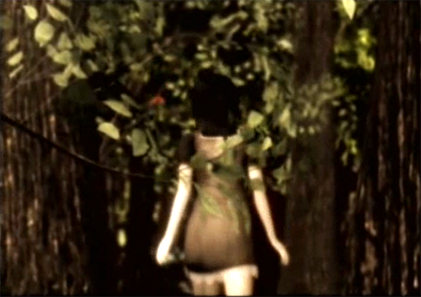 File:Intro Mayu chasing butterfly.png