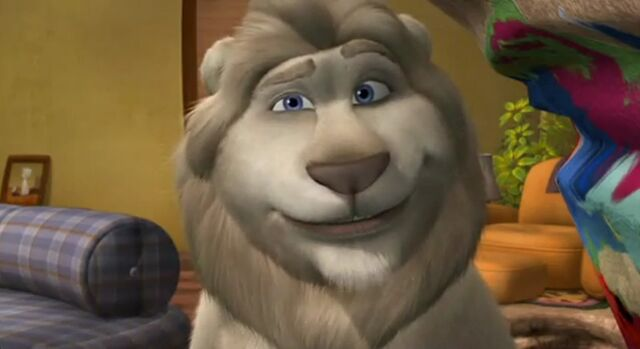 File:Father of the Pride Larry the Lion.jpg