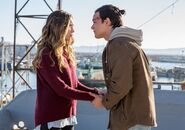 Fear-the-walking-dead-episode-205-alicia-debnam-carey-3-935