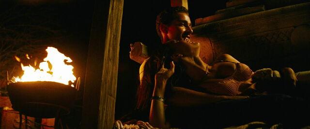 File:Transformers-revenge-movie-screencaps.com-11468.jpg
