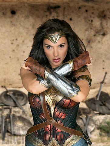 File:Wonder-Woman-Gal-Gadot-3.jpg