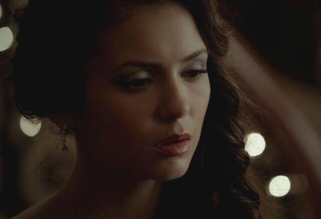 File:The Vampire Diaries - Elena Gilbert 3 - Nina Dobrev.jpg