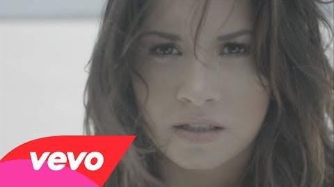 Demi Lovato - Skyscraper-1
