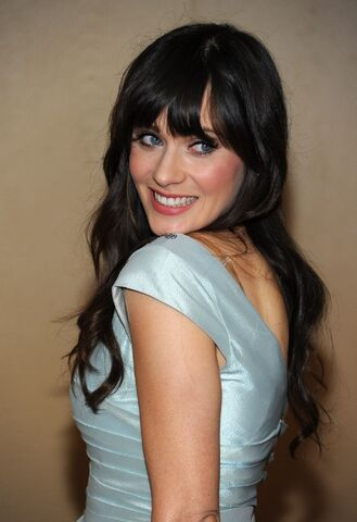 File:Zooey-Deschanel-zooey-deschanel-10826346-1371-2000.jpg