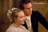 Seyfried redmayne les miserables