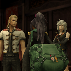 Mutsuki's bag features keychains of a chocobo and a moogle.
