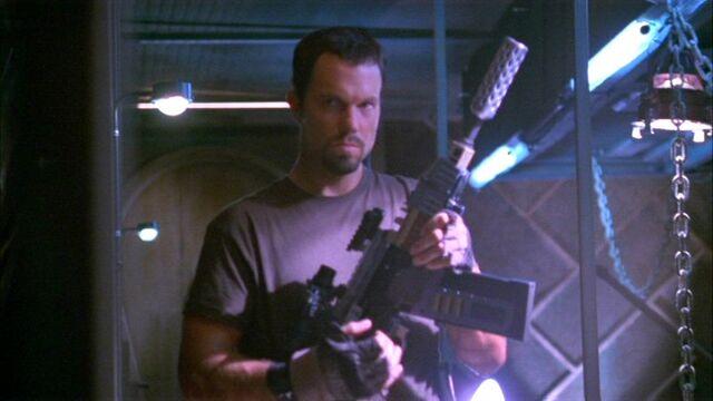 File:Vera weapon Jayne OMR.jpg