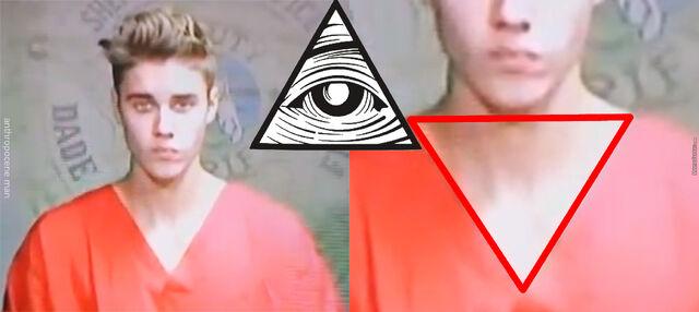 File:Illuminati-bieber o 2935421.jpg