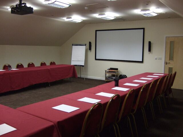 File:Conference-room-2-web-1.jpg