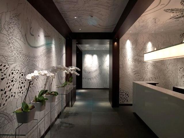 File:Original Unmodified Hallway.jpeg