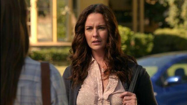 File:1x11 Paige.jpg