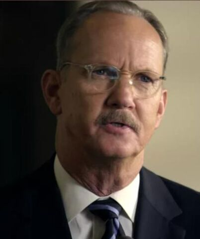 File:1x05 CIA Director Keller.jpg
