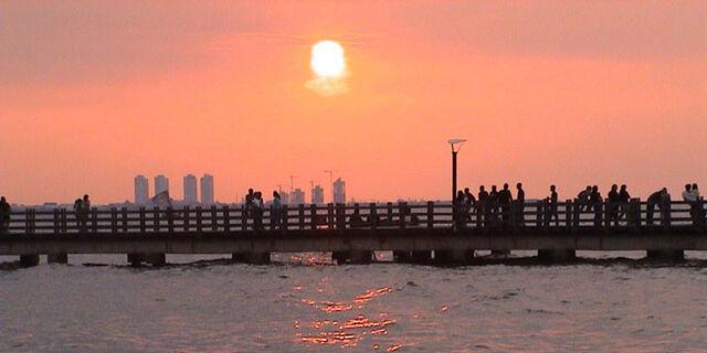 File:Jembatan ancol1.jpg