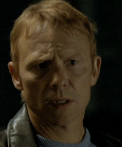 File:Detective 1 1x07.png