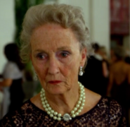 4 - elderly Gloria Carlyle
